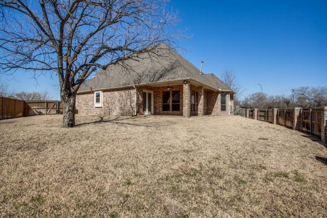 Sold Property | 2000 Kodiak Court Arlington, Texas 76013 24