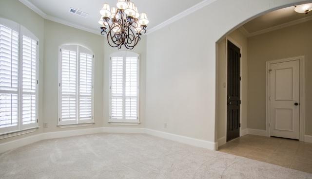 Sold Property | 2000 Kodiak Court Arlington, Texas 76013 3