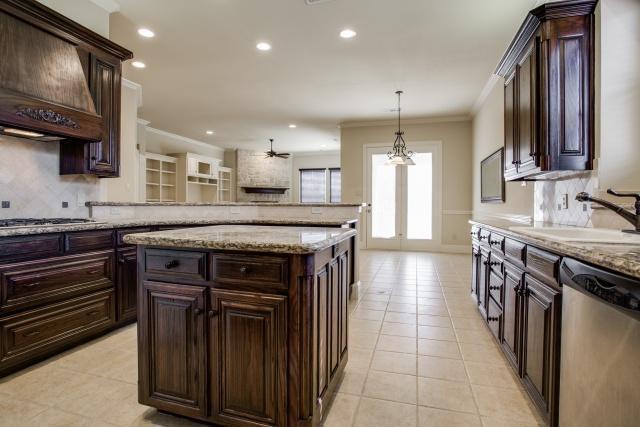 Sold Property | 2000 Kodiak Court Arlington, Texas 76013 5