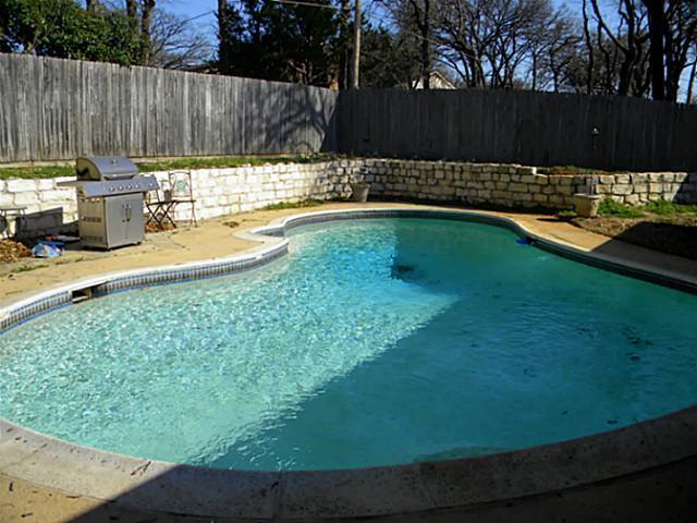 Sold Property | 4911 Crest Drive Arlington, Texas 76017 1