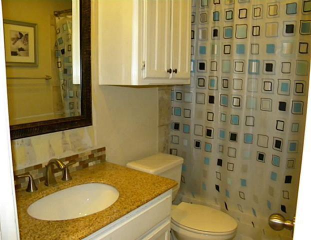 Sold Property | 4911 Crest Drive Arlington, Texas 76017 11