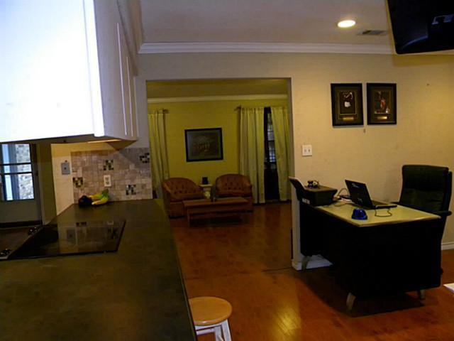 Sold Property | 4911 Crest Drive Arlington, Texas 76017 13