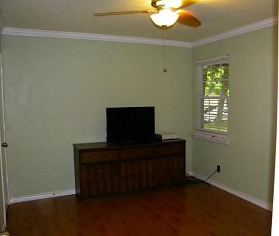 Sold Property | 4911 Crest Drive Arlington, Texas 76017 14