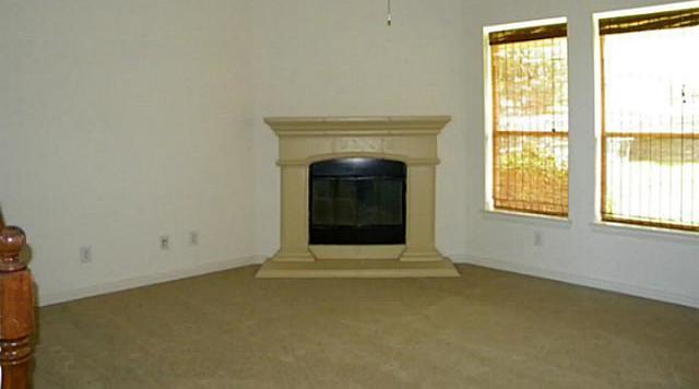Sold Property | 3016 Summerview Drive Grand Prairie, Texas 75052 9