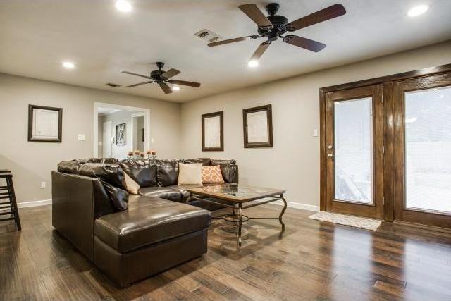 Sold Property | 4121 Bilglade Road Fort Worth, Texas 76109 8