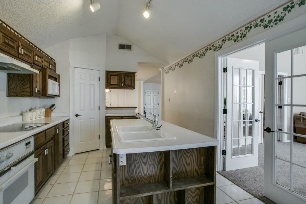 Sold Property | 5401 Oak Branch Drive Arlington, Texas 76016 11