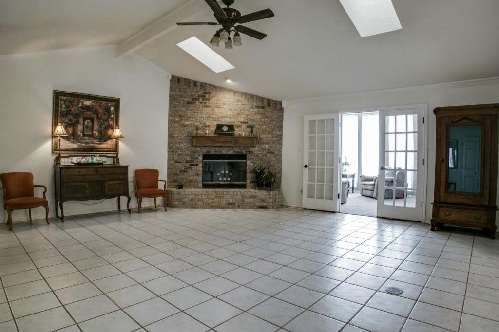Sold Property | 5401 Oak Branch Drive Arlington, Texas 76016 4