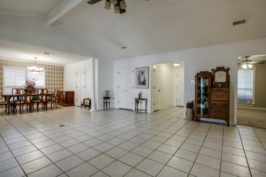 Sold Property | 5401 Oak Branch Drive Arlington, Texas 76016 6