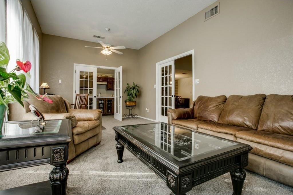 Sold Property | 5401 Oak Branch Drive Arlington, Texas 76016 9
