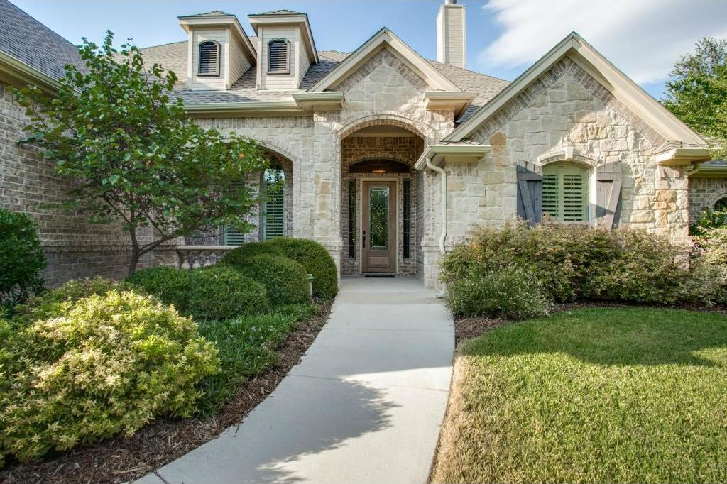 Sold Property | 7016 La Cantera Drive Fort Worth, Texas 76108 1