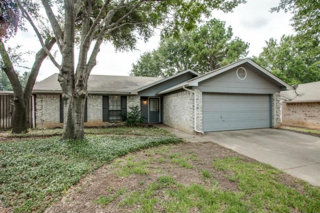 Sold Property   2810 Glen Hollow Circle Arlington, Texas 76016 0