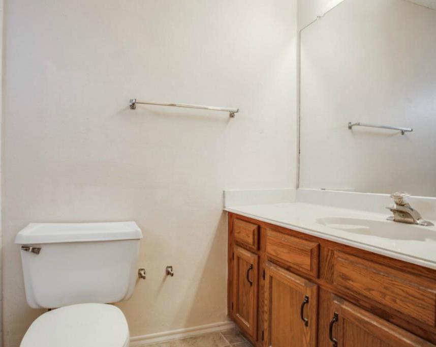 Sold Property   2810 Glen Hollow Circle Arlington, Texas 76016 17