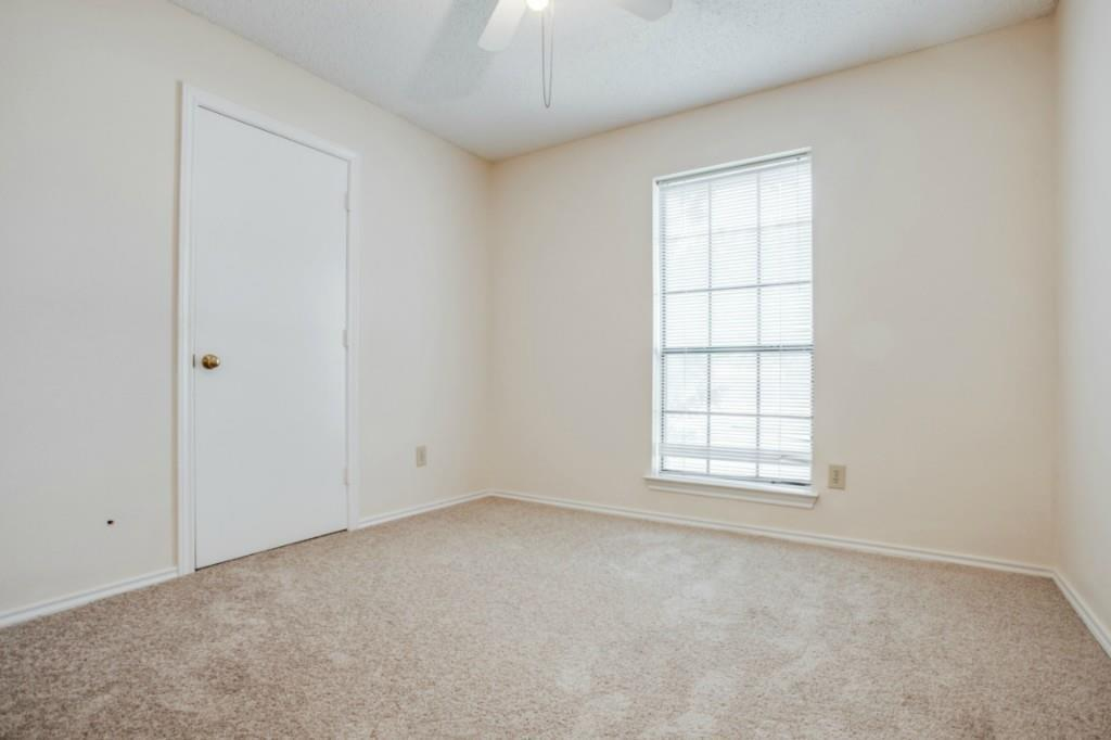 Sold Property   2810 Glen Hollow Circle Arlington, Texas 76016 20