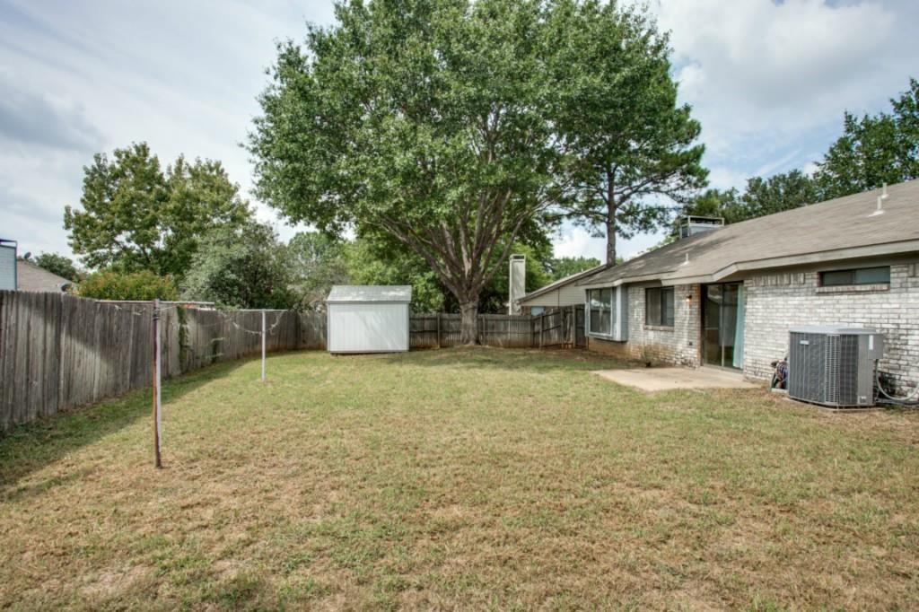 Sold Property   2810 Glen Hollow Circle Arlington, Texas 76016 23