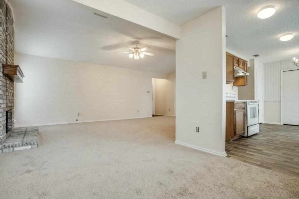 Sold Property   2810 Glen Hollow Circle Arlington, Texas 76016 8