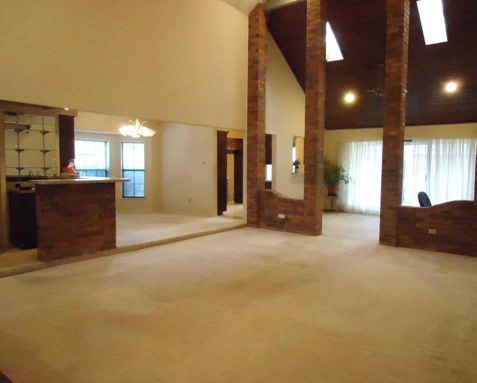 Sold Property | 3305 WESTGROVE  Arlington, Texas 76001 1