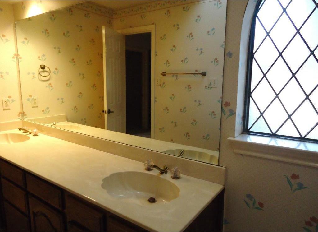 Sold Property | 3305 WESTGROVE  Arlington, Texas 76001 11
