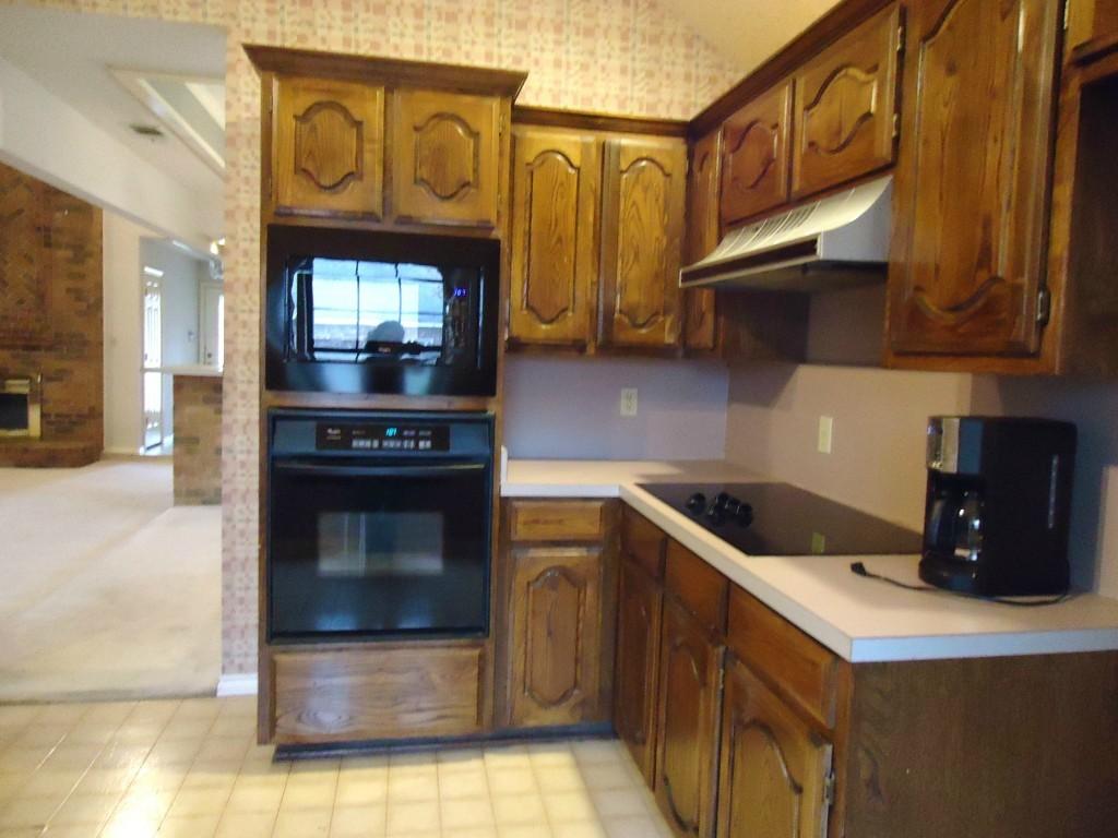 Sold Property | 3305 WESTGROVE  Arlington, Texas 76001 3