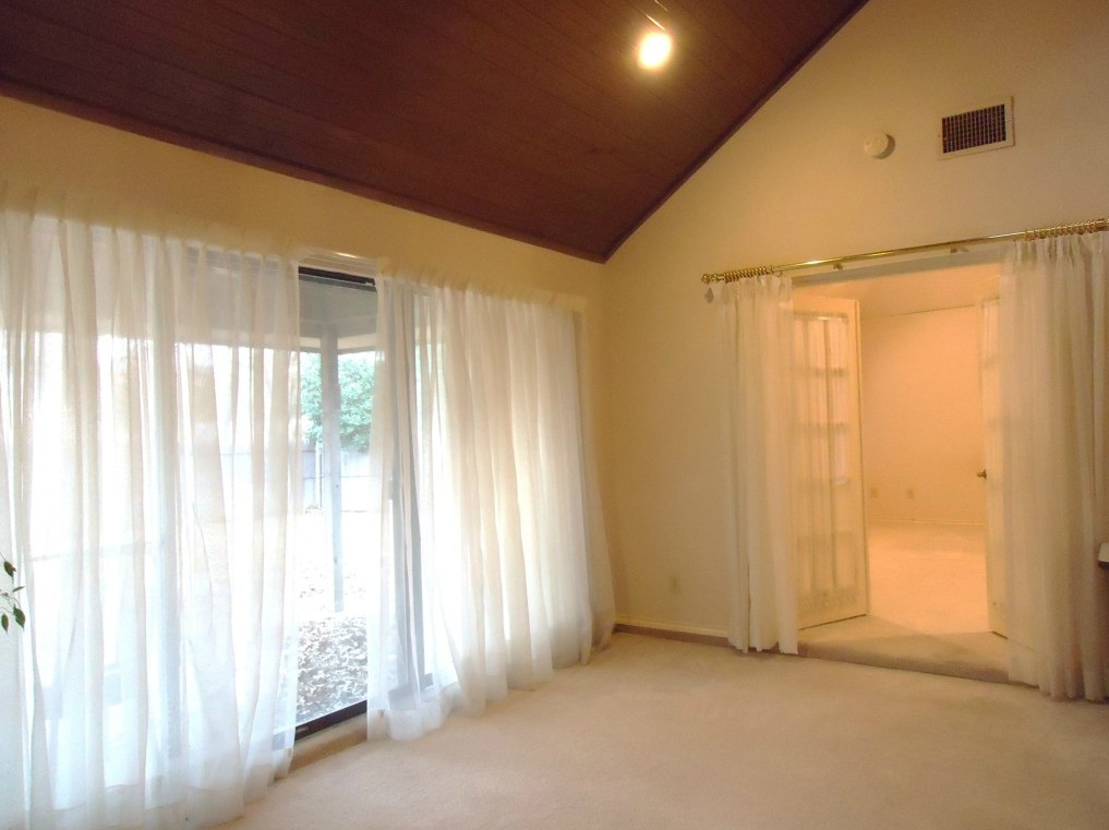 Sold Property | 3305 WESTGROVE  Arlington, Texas 76001 8