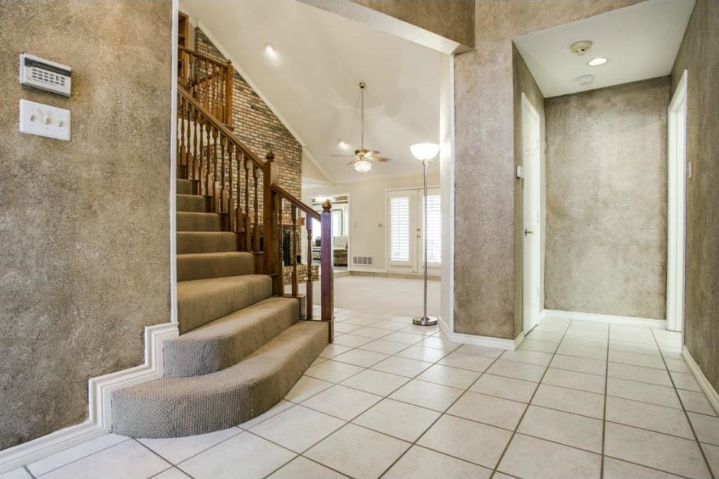 Sold Property | 6401 Mountain Lake Court Arlington, Texas 76016 3