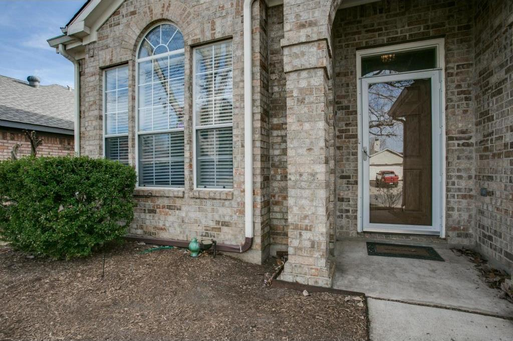 Sold Property | 8744 Elbe Trail Fort Worth, Texas 76118 2