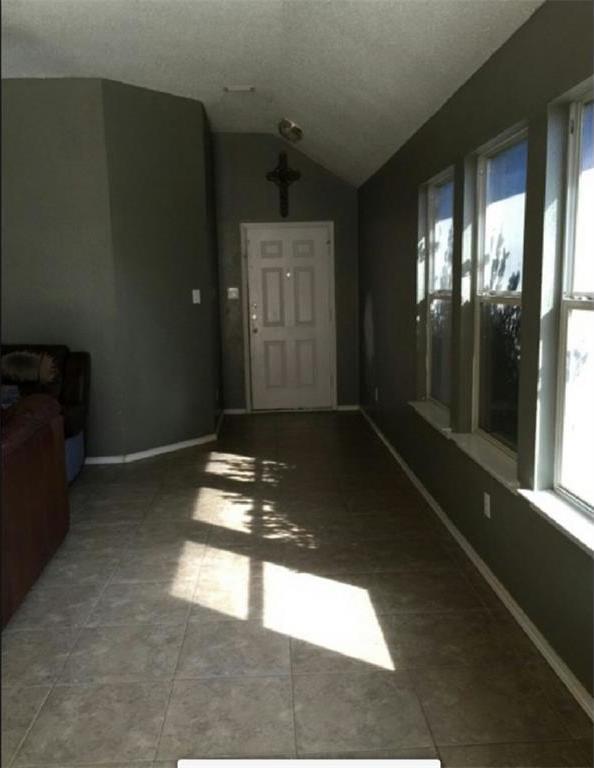 Sold Property | 6906 Lake Jackson Drive Arlington, Texas 76002 1