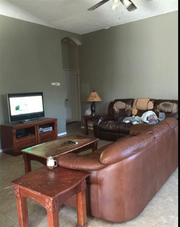 Sold Property | 6906 Lake Jackson Drive Arlington, Texas 76002 2