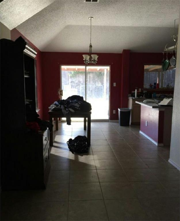Sold Property | 6906 Lake Jackson Drive Arlington, Texas 76002 4