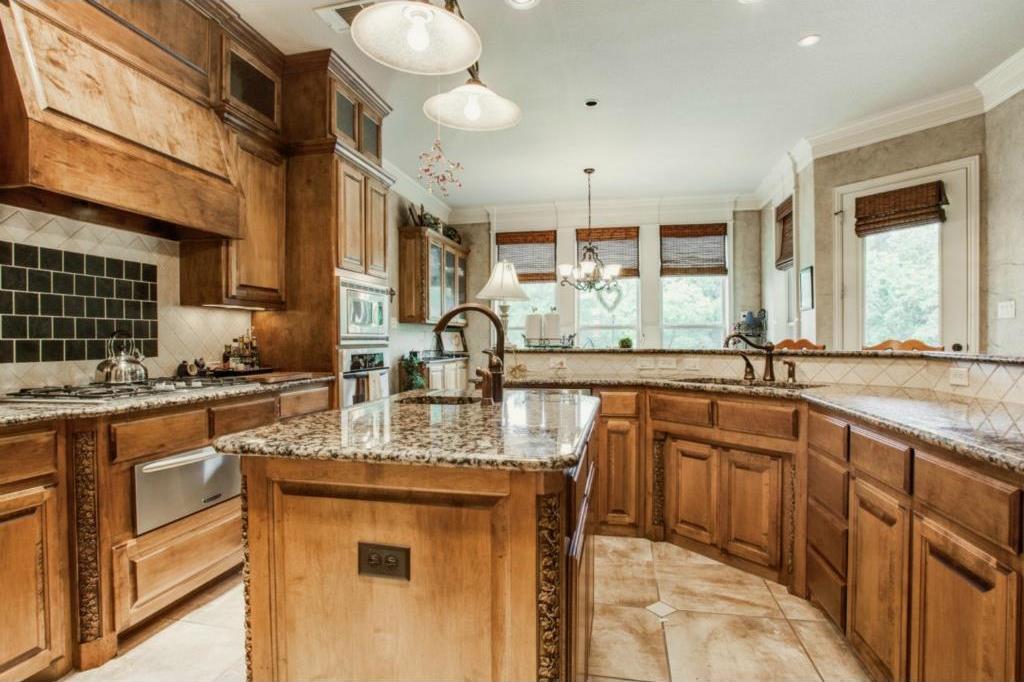 Sold Property | 7333 La Cantera Drive Fort Worth, TX 76108 7