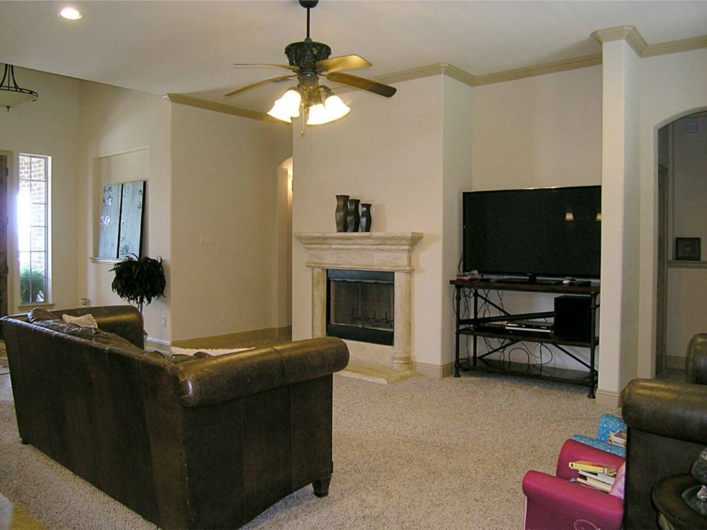 Sold Property   11017 Swift Current Trail Fort Worth, Texas 76179 4
