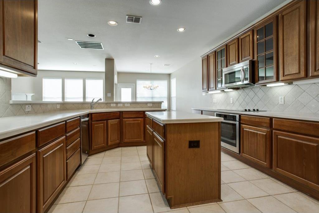 Sold Property | 3808 Lakeway Drive Grapevine, TX 76092 8