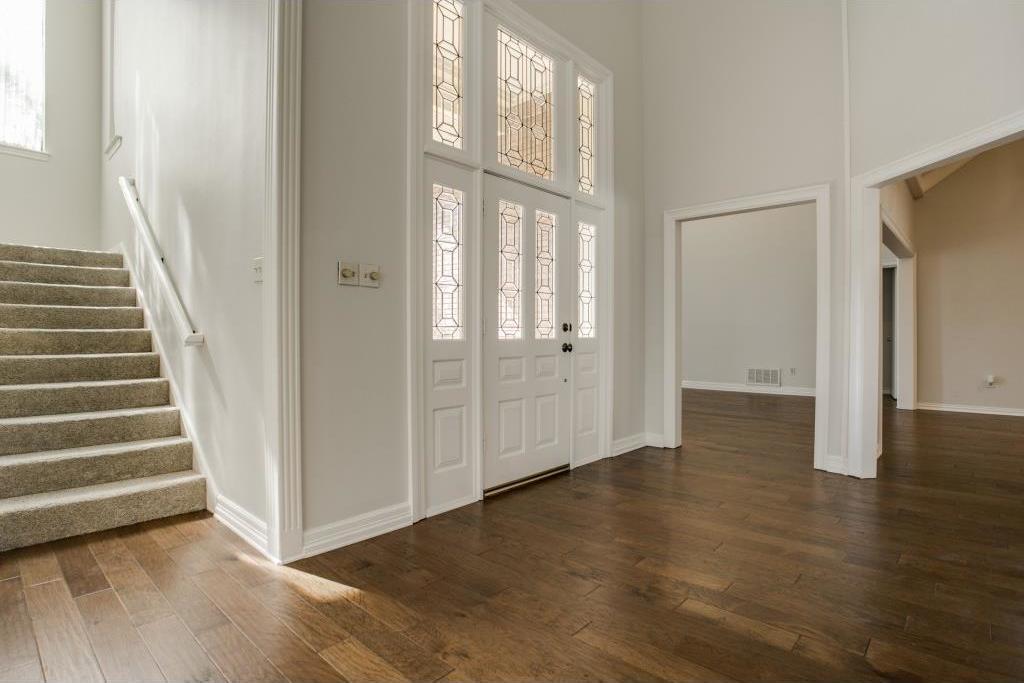 Sold Property | 2309 Castle Rock Road Arlington, Texas 76006 4
