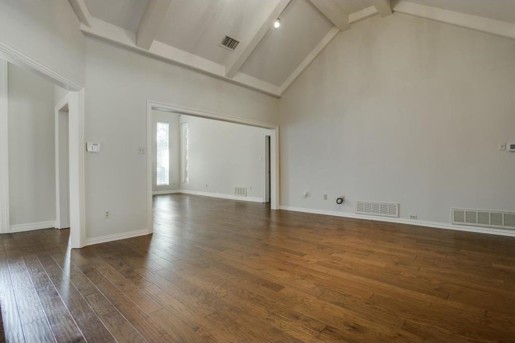 Sold Property | 2309 Castle Rock Road Arlington, Texas 76006 9