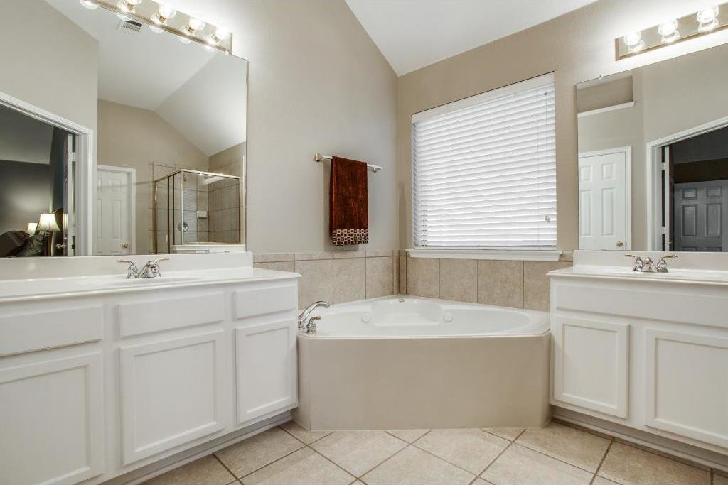 Sold Property | 3600 Saint Johns Drive Denton, Texas 76210 20
