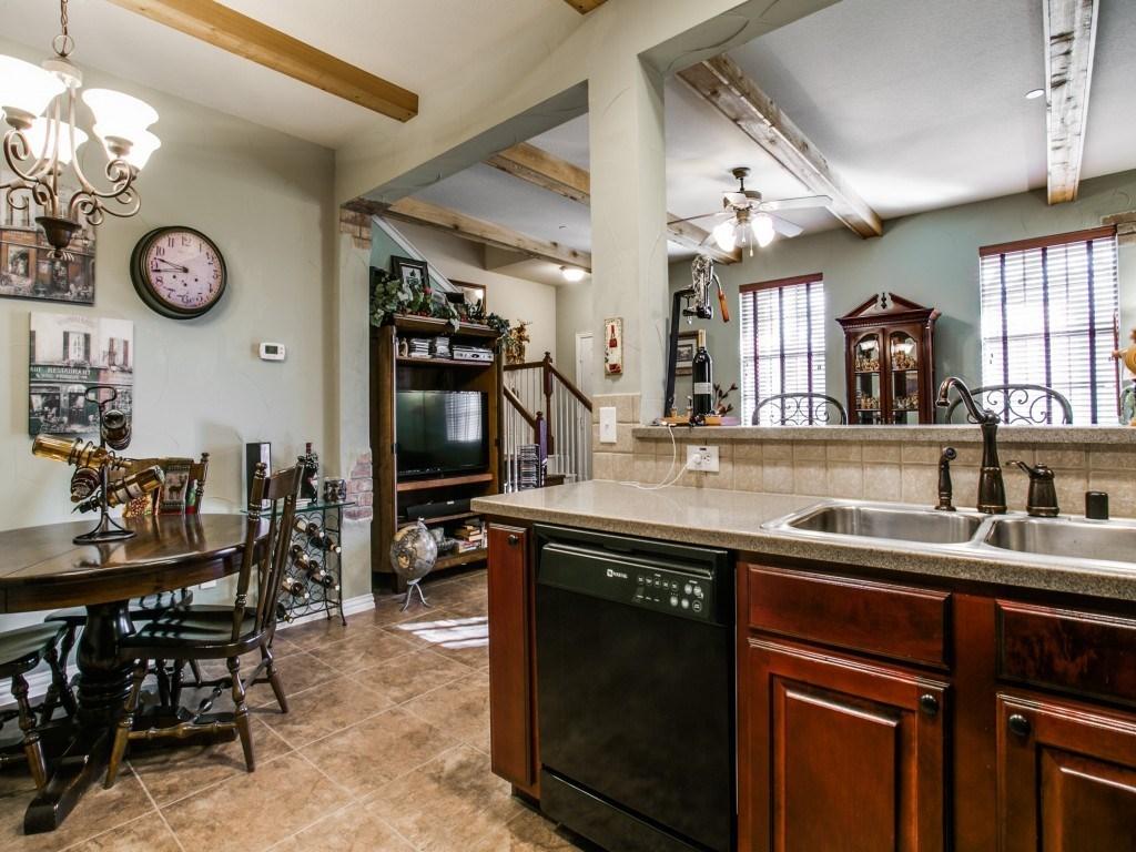 Sold Property | 2222 Sandshell Street Bedford, TX 76021 10