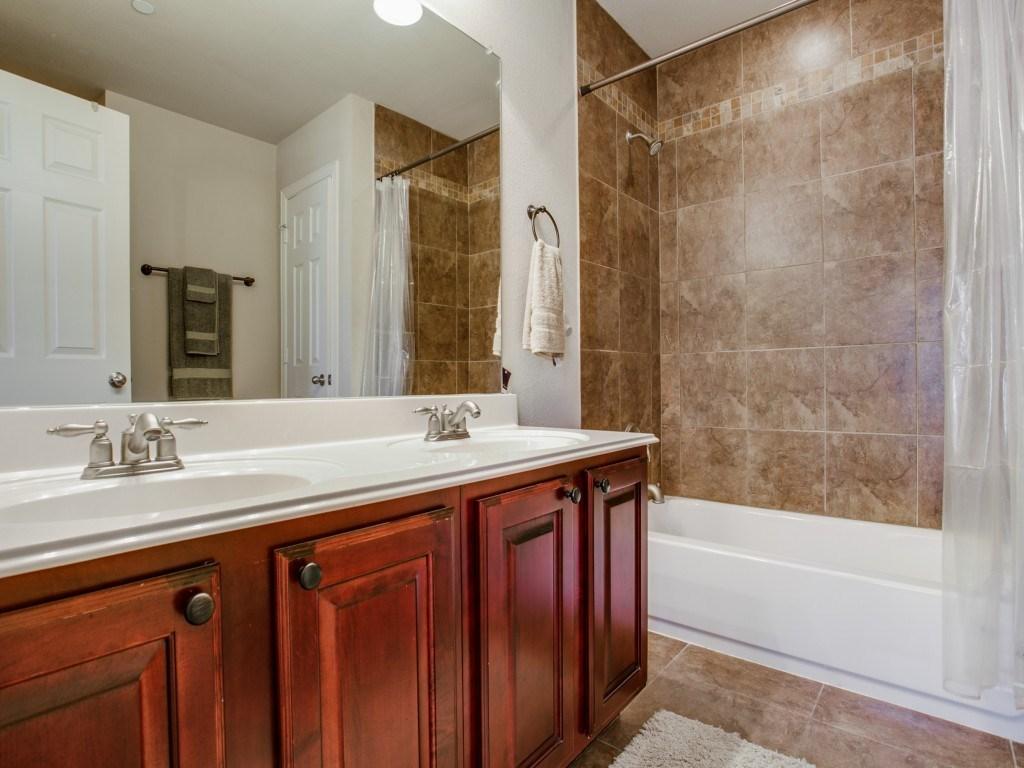 Sold Property | 2222 Sandshell Street Bedford, TX 76021 13