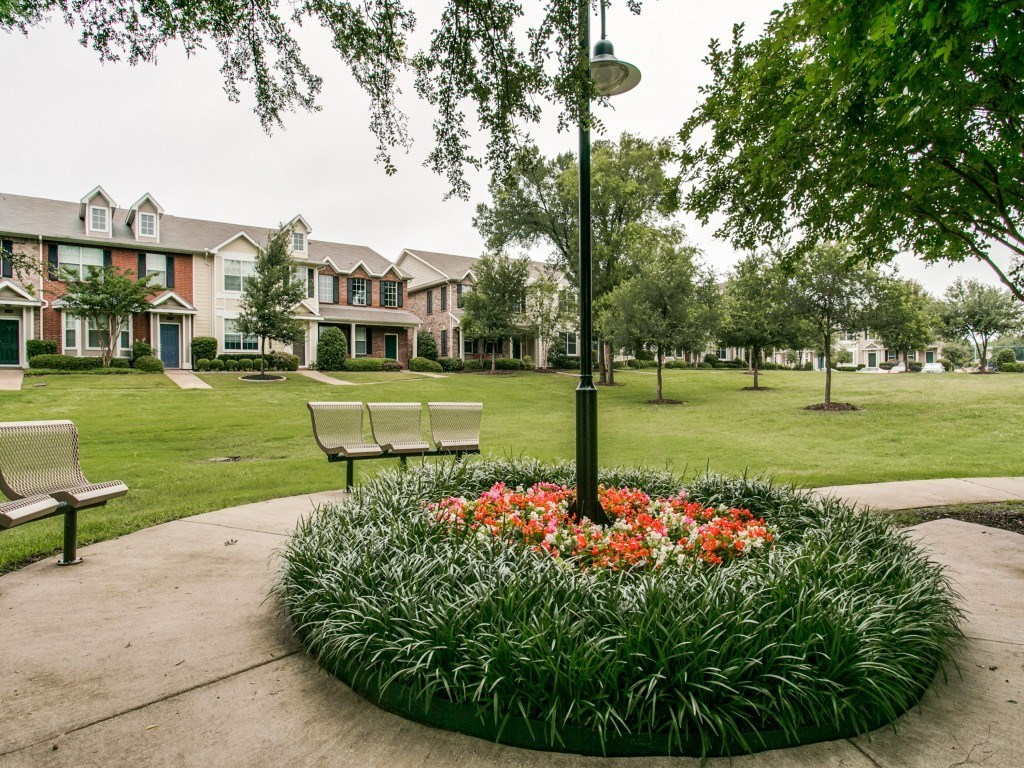 Sold Property | 2222 Sandshell Street Bedford, TX 76021 21