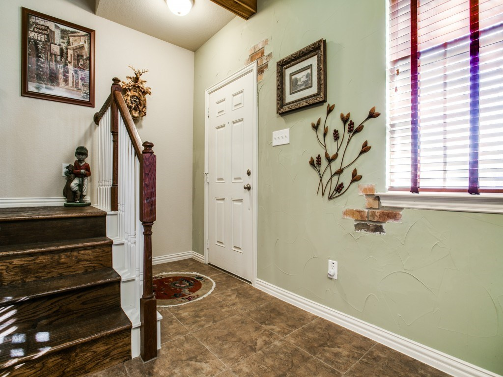 Sold Property | 2222 Sandshell Street Bedford, TX 76021 3