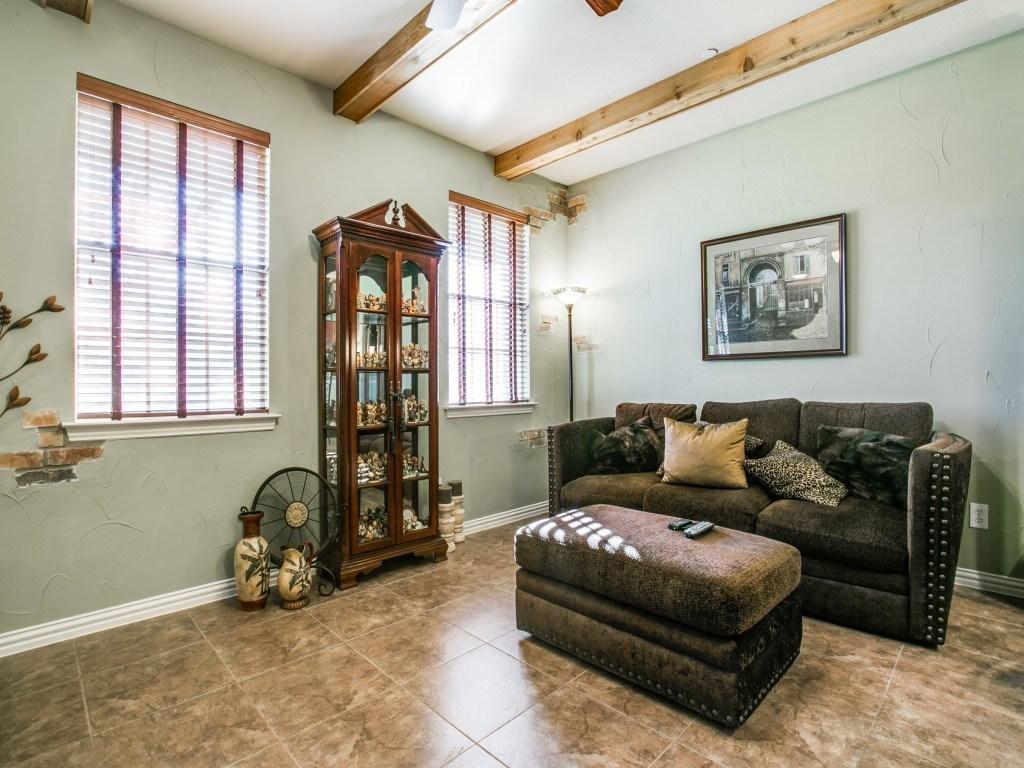 Sold Property | 2222 Sandshell Street Bedford, TX 76021 5
