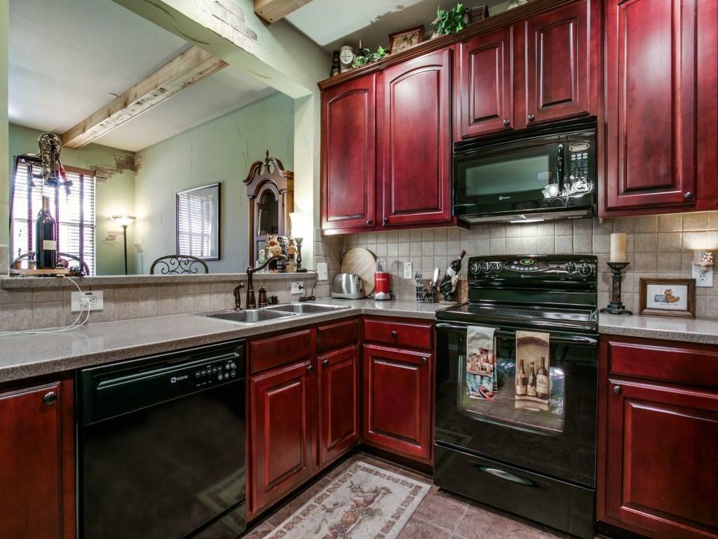 Sold Property | 2222 Sandshell Street Bedford, TX 76021 9