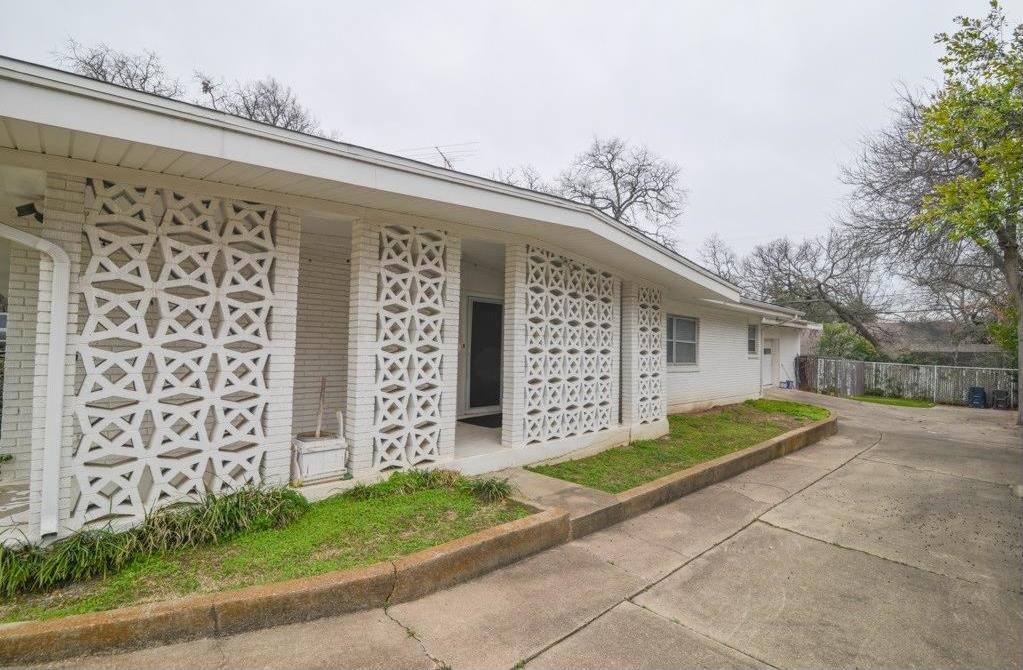 Sold Property | 7304 Normandy Road Fort Worth, Texas 76112 1