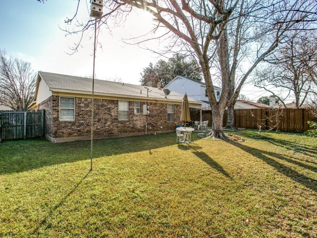 Sold Property | 706 Matthews Court Arlington, Texas 76012 21