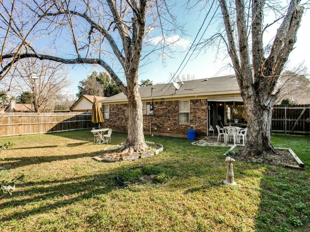 Sold Property | 706 Matthews Court Arlington, Texas 76012 22