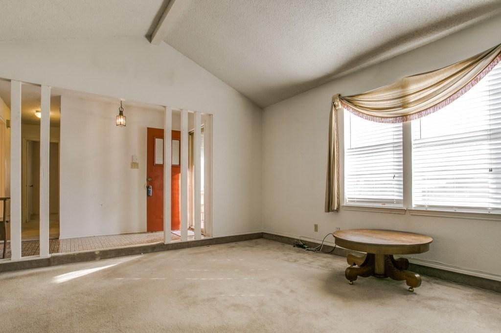 Sold Property | 706 Matthews Court Arlington, Texas 76012 3