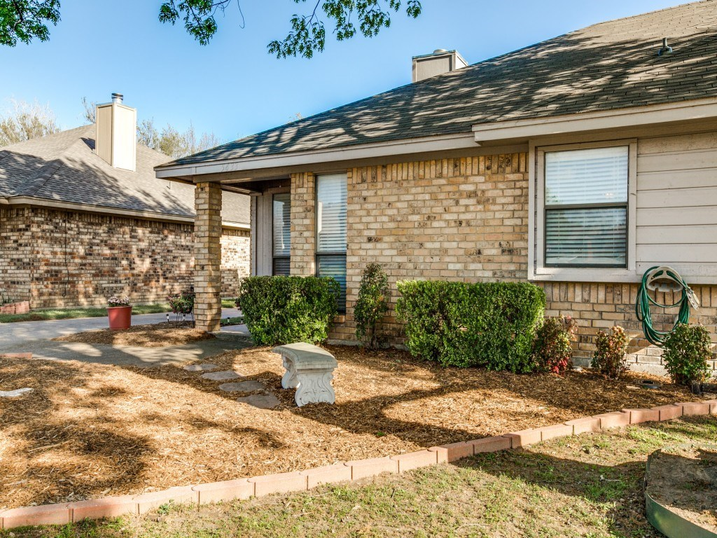 Sold Property | 5433 Stagetrail Drive Arlington, Texas 76017 2