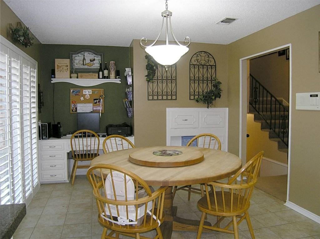 Sold Property | 1718 Autumn Lane Arlington, Texas 76012 11