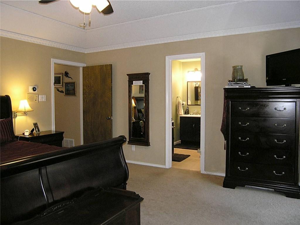 Sold Property | 1718 Autumn Lane Arlington, Texas 76012 14