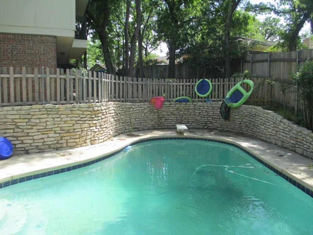 Sold Property | 1718 Autumn Lane Arlington, Texas 76012 22