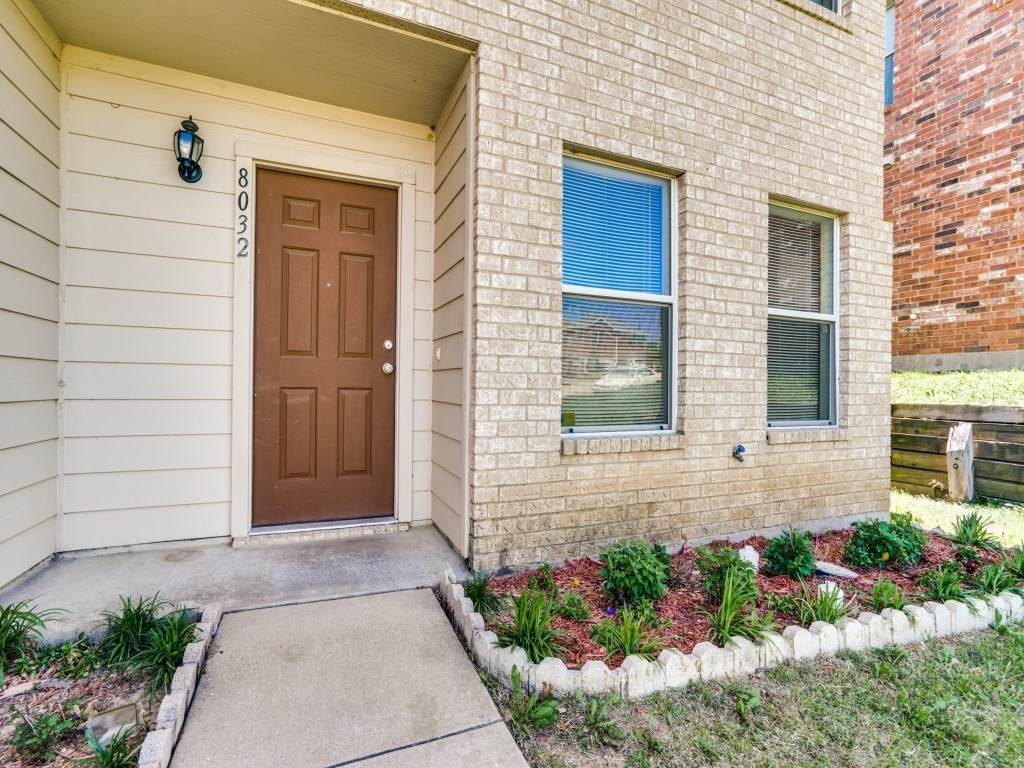 Sold Property | 8032 Colbi Lane Fort Worth, Texas 76120 1