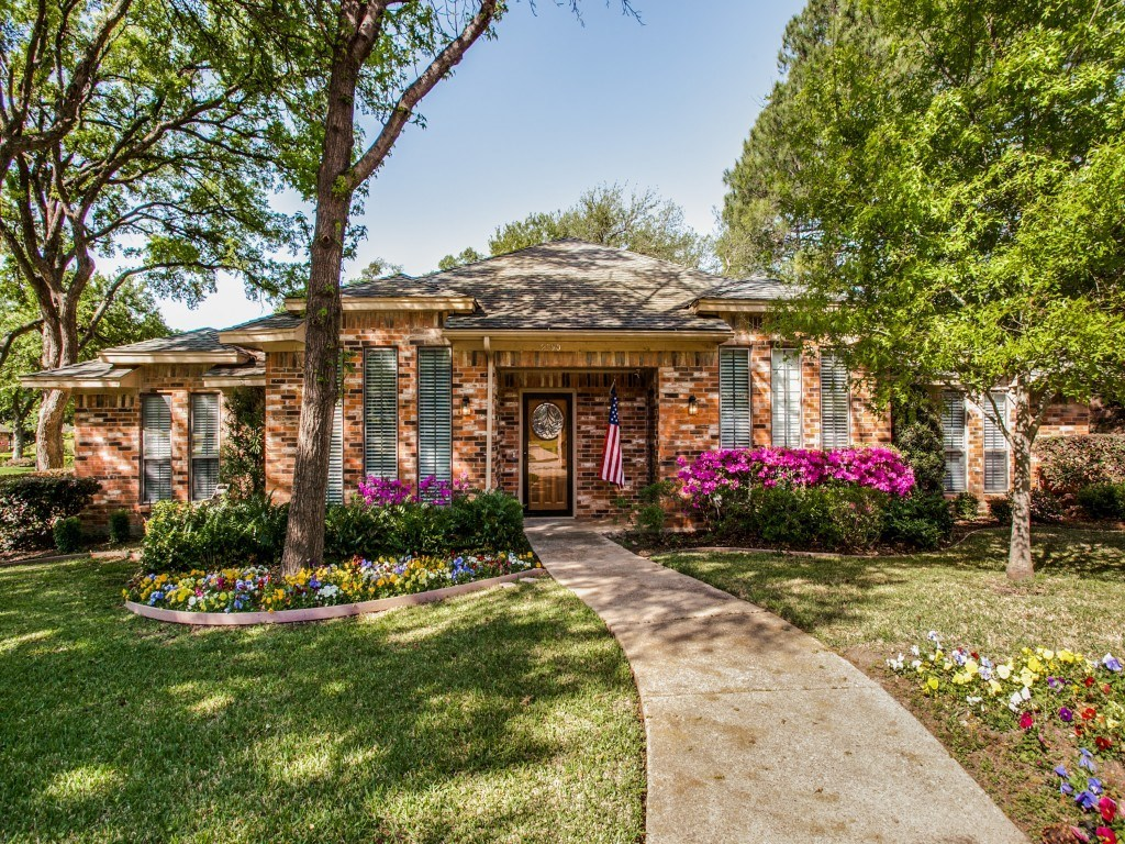 Sold Property | 2100 Stonehill Court Arlington, Texas 76012 0